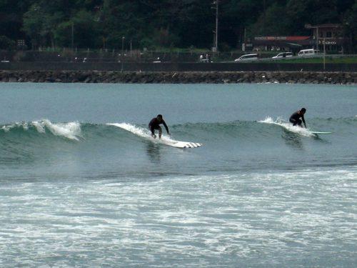弓ヶ浜でのサーフィンはロングボード向き