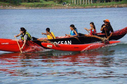 弓ヶ浜でアウトリガーカヌー体験会